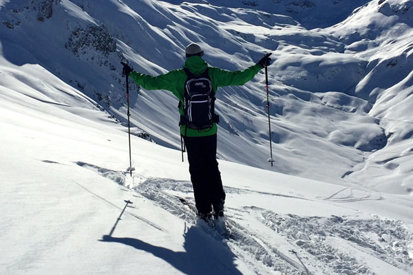Ski School Hochzillertal - Skiing Lessons for Adults